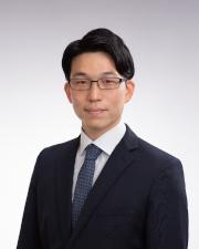 https://www.kuroda-law.gr.jp/wp-content/uploads/%E9%88%B4%E6%9C%A8%E5%85%88%E7%94%9F-small.jpg